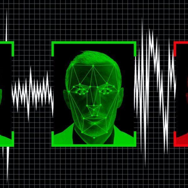 3 digitised headshots - 2 green 1 red